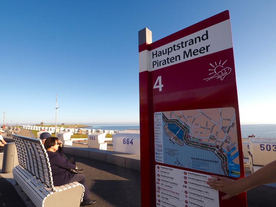 Hauptstrand Strandkörbe Piratenmeer Büsum